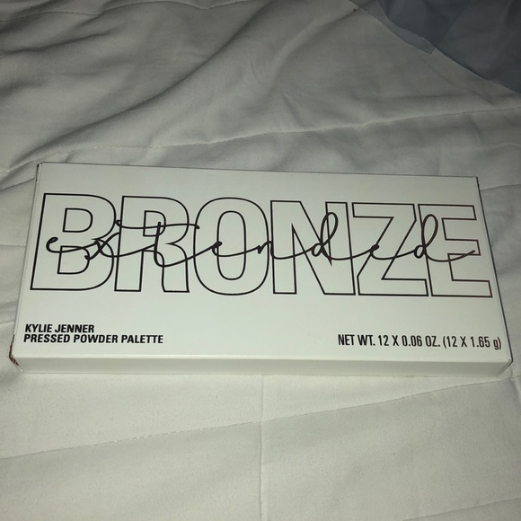 Kylie Cosmetics Other - Kylie Cosmetics Bronze Extended Palette